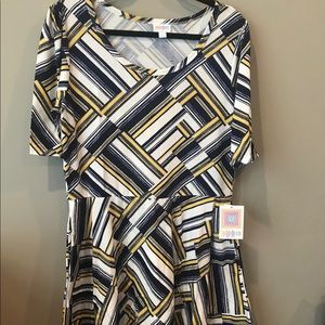 2XL lularoe Nicole dress brand new with tags